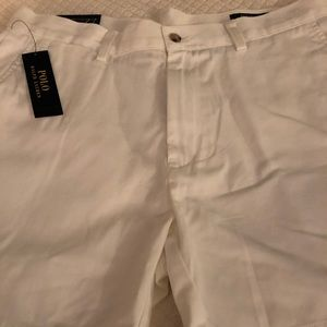 Men's white kakhi shorts